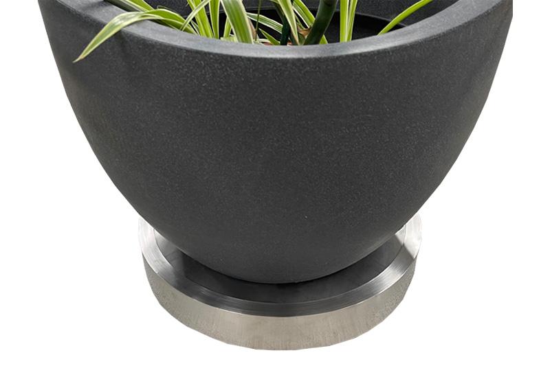 BEGA Pflanzenroller aus Edelstahl für den Innen- und Außenbereich